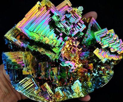 bismuth-crystal