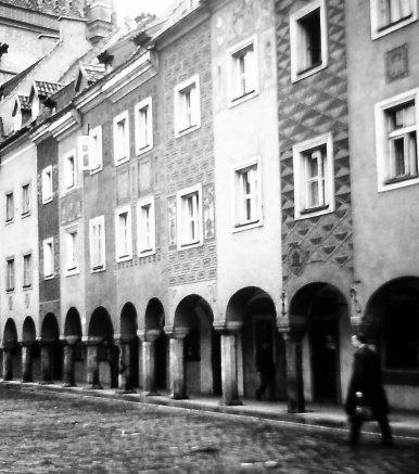 oct19poznanBWmarket 001.jpg